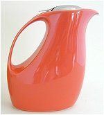 Retro Carrot Teapot 56 oz
